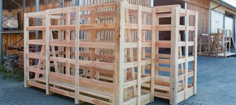 Sondergestelle aus Holz / Paletten